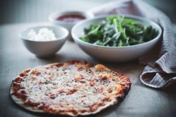 Opskrift på pizza margarita