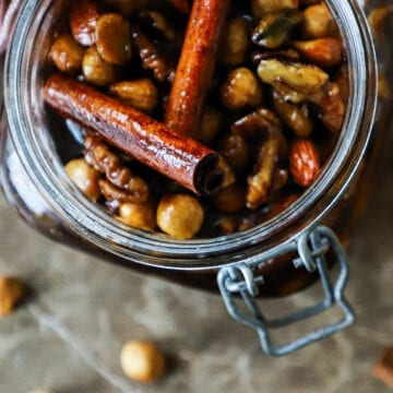 Syltede nødder - Opskrift på syltede nødder med cointreau