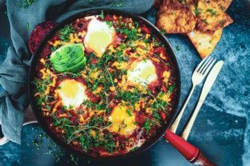 Opskrift på Huevos Rancheros med æg - lækker mexicansk