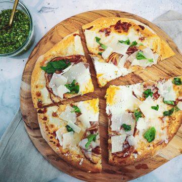Opskrift på den lækreste pizza carbonara