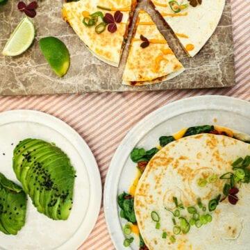 Quesadillas - Opskrift på mexicanske quesadillas med oksekød