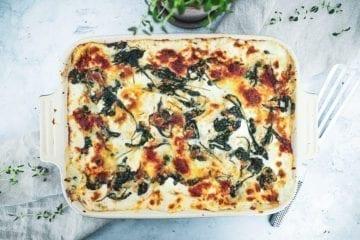 Opskrift på den bedste lakselasagne med spinat og ricotta