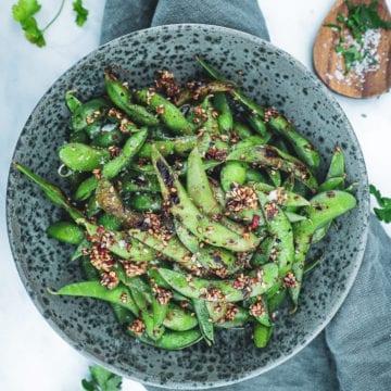 Grillede edamamebønner - Opskrift med chili, hvidløg og sesam