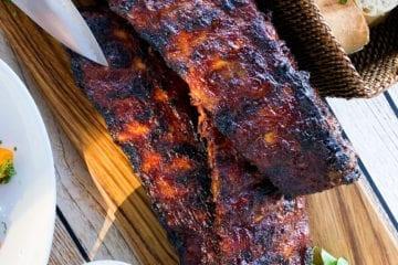 Hjemmelavede spareribs - Opskrift på barbecue spareribs