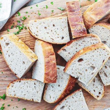 Madbrød - Opskrift på det bedste koldhævede madbrød i foliefad