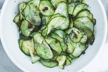 Agurkesalat - Opskrift på hjemmelavet agurkesalat