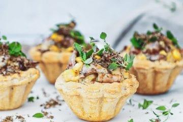 Tarteletter med kantareller - Opskrift med majs og trøffel