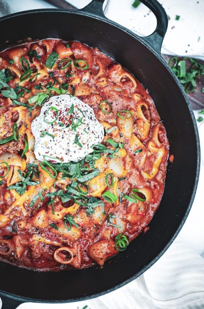 One pot mexicansk pasta - Opskrift på one pot pasta med oksekød