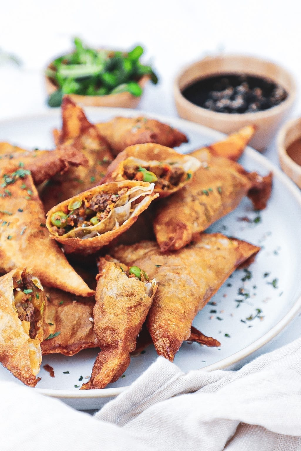 Samosa - Opskrift på sprøde samosa med oksekød og grøntsager