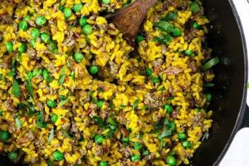 Orientalsk risret - Opskrift på nem risret med oksekød og karry