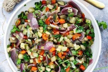 Ovnbagte grøntsager med hvidvin - Opskrift a la ratatouille