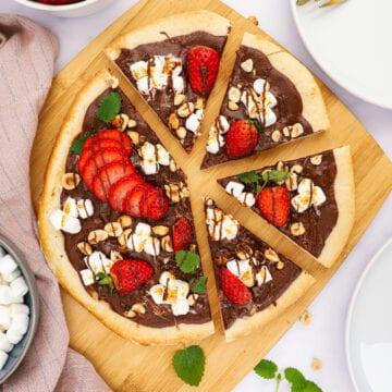 Nutellapizza - Opskrift på dessertpizza med chokolade