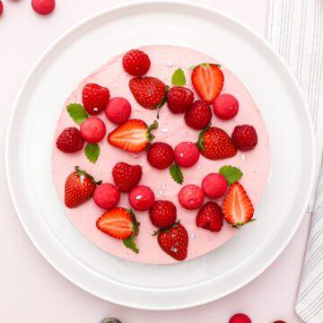 Hindbærmoussekage - Opskrift på moussekage med hindbær
